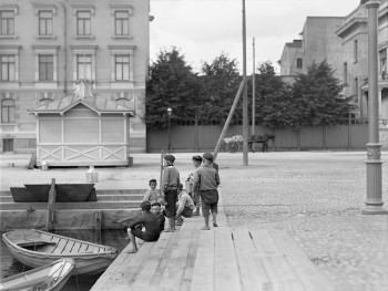 Boys at Hietalahti harbour